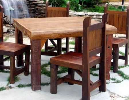 Sierra Nevada Thick cedar Card Dining Table