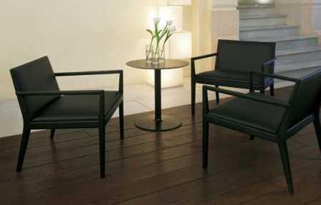 Ambiente de visita con silla Marsellla